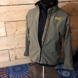 Jack Wolfskin trail jacket. Size S